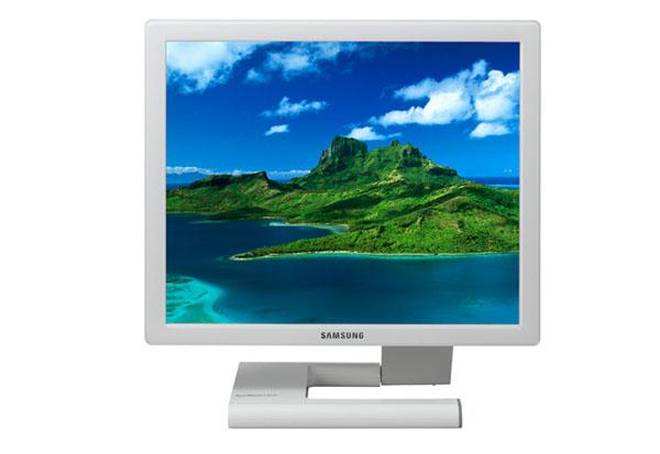 SAMSUNG Syncmaster 971P LCD Monitor
