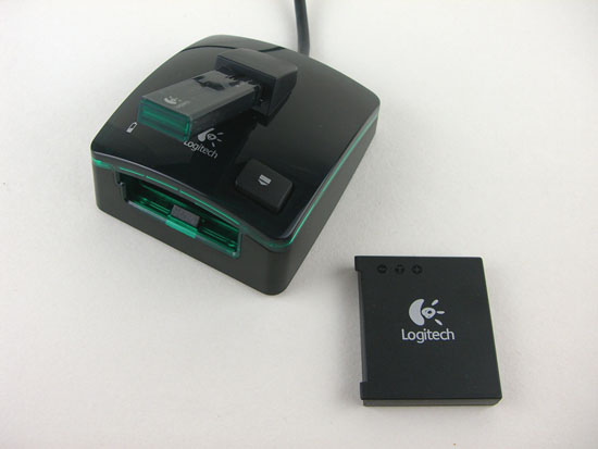 Logitech G7 Charging Station With Battery