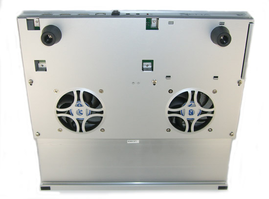 NCL-220 Xena Notebook Cooler - Underside